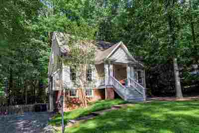Palmyra Single Family Home For Sale: 9 Colonial Rd