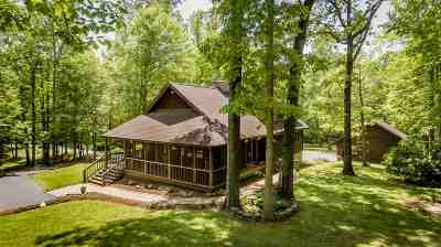 Albemarle County Single Family Home For Sale: 3170 Wooded Acres Ln
