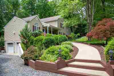 Palmyra Single Family Home For Sale: 18 Colonial Rd