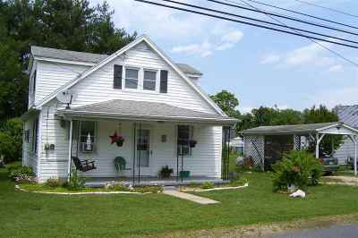 Rockingham County Single Family Home For Sale: 202 A 7th St