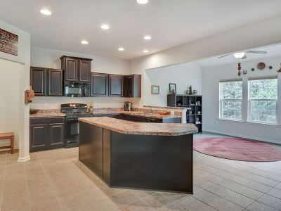 Single Family Home For Sale: 259 Larchmont Cir