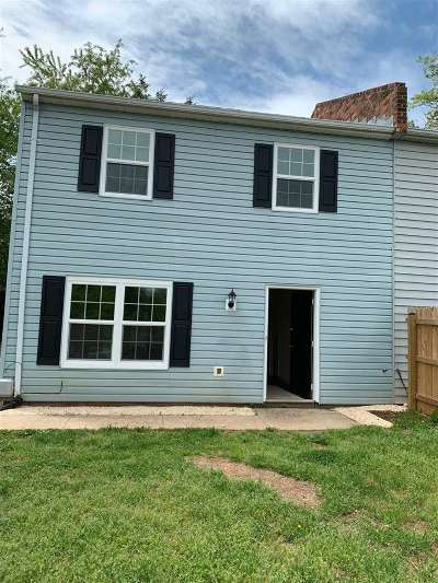Greene County Townhome For Sale: 124 Lake View Ct