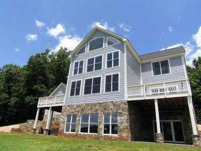 Albemarle County Single Family Home For Sale: 4990 Turkey Sag Rd