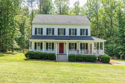 Louisa County Single Family Home For Sale: 384 Tillar Ln