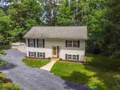 Staunton Single Family Home For Sale: 567 Hilltop Dr