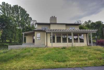 Albemarle County Single Family Home For Sale: 5328 Markwood Rd