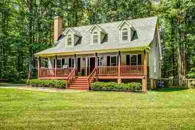 Louisa County Single Family Home For Sale: 135 Rolling Path Rd