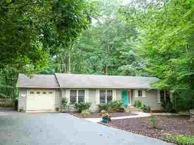 Palmyra Single Family Home For Sale: 4 Pelican Ct