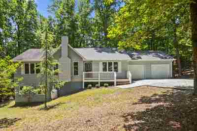 Palmyra Single Family Home For Sale: 3 Snead Ct