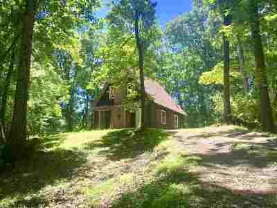 Augusta County Single Family Home For Sale: 323 Deer Trl