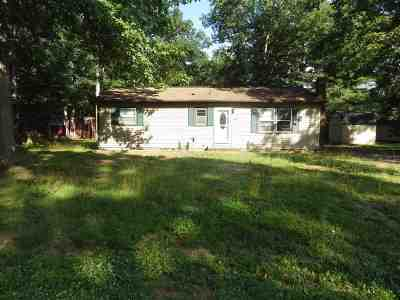 Augusta County Single Family Home For Sale: 54 Whiteoak Cir