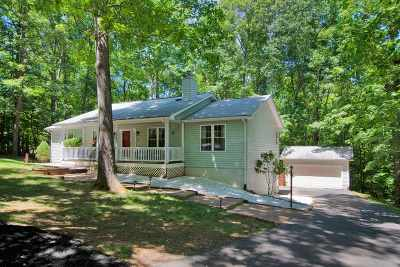 Fluvanna County Single Family Home For Sale: 6 Snead Ct