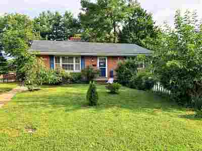 Staunton Single Family Home For Sale: 2210 Bare St
