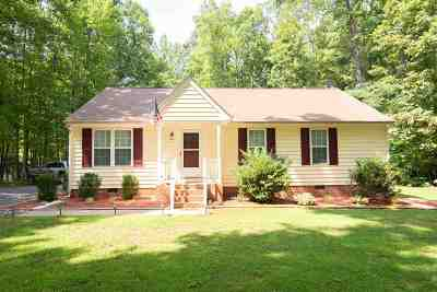 Columbia Single Family Home For Sale: 4540 Tabscott Rd