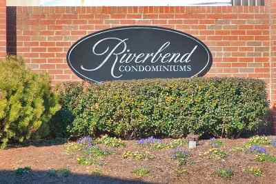 Albemarle County  Condo For Sale: 290 Riverbend Dr #4c