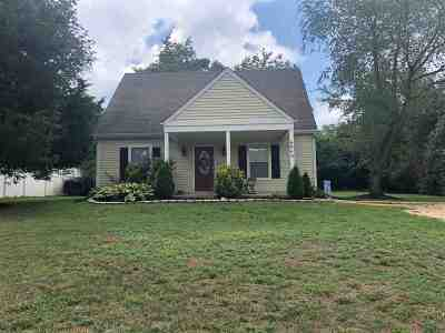 Albemarle County Single Family Home For Sale: 6064 Cling Ln
