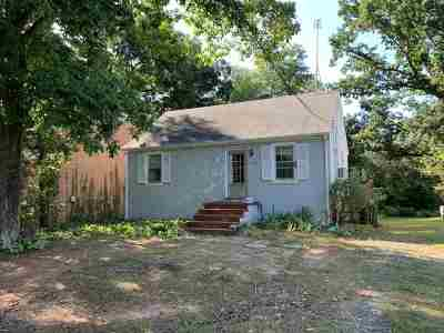 Single Family Home For Sale: 233 Stribling Ave