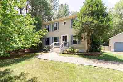 Palmyra Single Family Home For Sale: 22 Northwood Rd