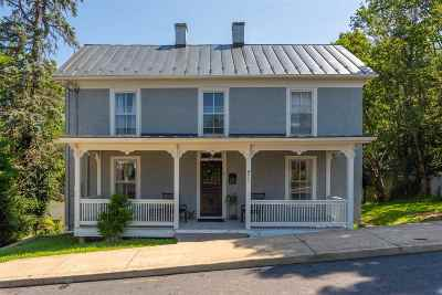 Staunton Single Family Home For Sale: 911 Trout St