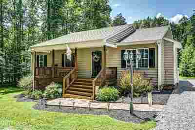Louisa County Single Family Home For Sale: 1725 W Chapel Dr