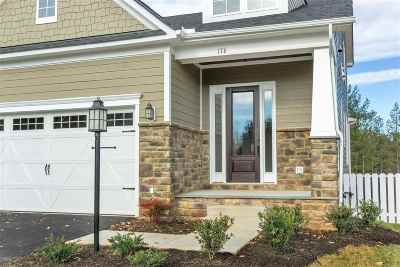 Louisa County Townhome For Sale: 115 Bayberry Ln
