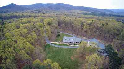 Page County Farm For Sale: 571 Kemble Spring Ln