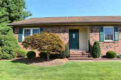 Fishersville Single Family Home For Sale: 61 Princeton Ln