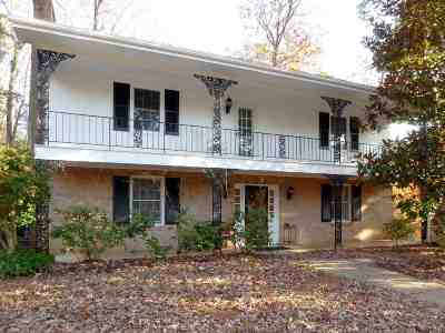 Charlottesville Single Family Home For Sale: 2200 Brandywine Dr