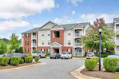 Albemarle County  Condo For Sale: 137 Yellowstone Dr #108