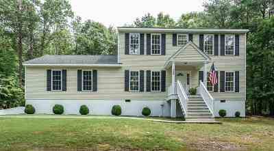 Louisa County Single Family Home For Sale: 149 Bay Hill Rd