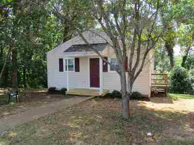 Waynesboro VA Single Family Home For Sale: $114,900
