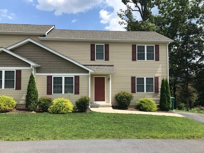 McGaheysville Townhome For Sale: 172 Bloomer Springs Rd