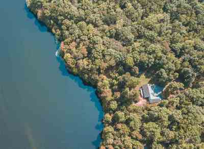 Louisa County Single Family Home For Sale: 882 Shady Ln