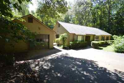 Earlysville Single Family Home For Sale: 885 Earlysville Forest Dr