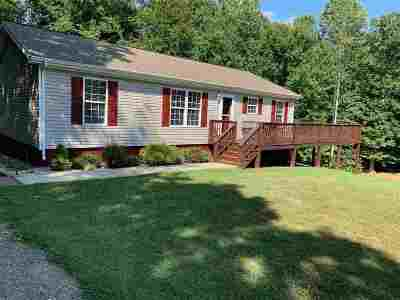 Barboursville Single Family Home For Sale: 52 Windsong