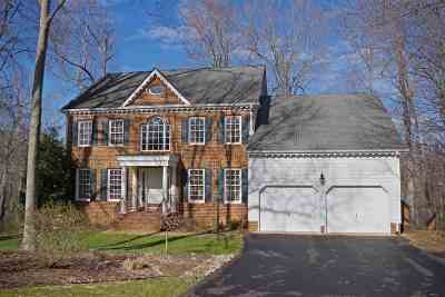 Charlottesville Single Family Home For Sale: 1052 Blackburn Bluff