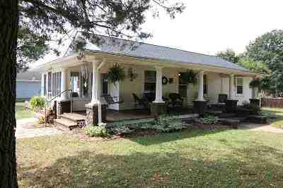 Rockingham County Single Family Home For Sale: 201 Fifth St