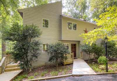 Charlottesville Single Family Home For Sale: 274 Grey Dove Ln