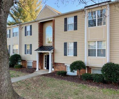 Albemarle County  Condo For Sale: 1221 Villa Ln #A