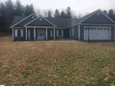 Raphine Single Family Home For Sale: 35 Parkside