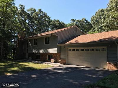 Pasadena Single Family Home For Sale: 1396 Tanyard Lane