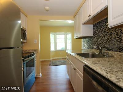 Crofton Townhouse For Sale: 1796 Sharwood Place #40