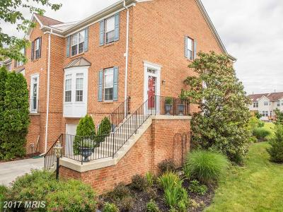 Edgewater Townhouse For Sale: 3713 Glebe Meadow Way
