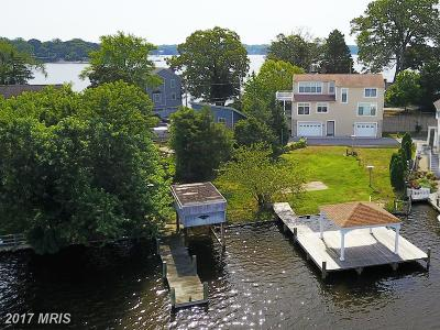 Crownsville Single Family Home For Sale: 682 N Riverside Drive