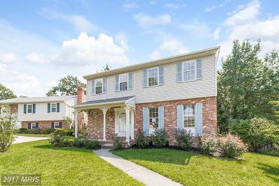 Linthicum Single Family Home For Sale: 6425 Oak Park Court