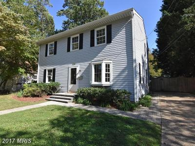 Annapolis Single Family Home For Sale: 236 Dewey Drive