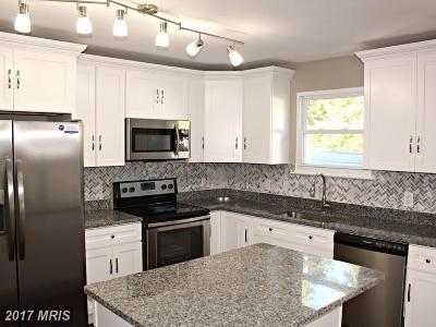 Pasadena Single Family Home For Sale: 7843 Centergate Court