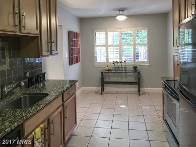 Annapolis Condo For Sale: 300 Hilltop Lane #F