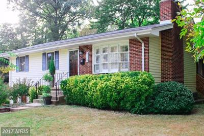 Annapolis Single Family Home For Sale: 215 Dewey Drive