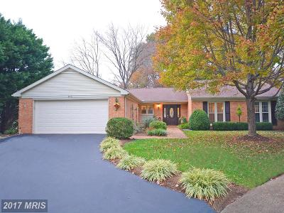 Annapolis Single Family Home For Sale: 846 Deerwood Court